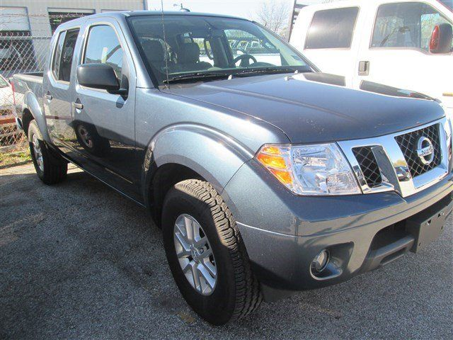 2014 Nissan Frontier  Blue For Sale in San Antonio, TX  Vin: 1N6AD0ER9EN748317 - http://www.autonet.net/cardealers/texas/mccombsfordwest/cars-for-sale/2014-nissan-frontier-blue-for-sale-in-san-antonio-tx-vin-1n6ad0er9en748317/