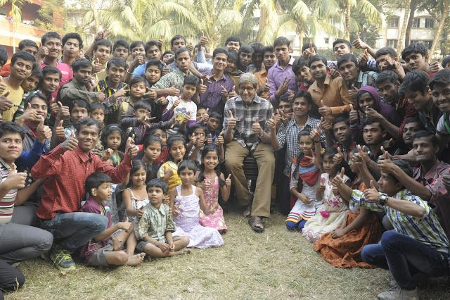 Latest Images of Amitabh Bachchan Shoots With Deaf And Mute Children For TE3N Hot Gallerywww.vijay2016.com