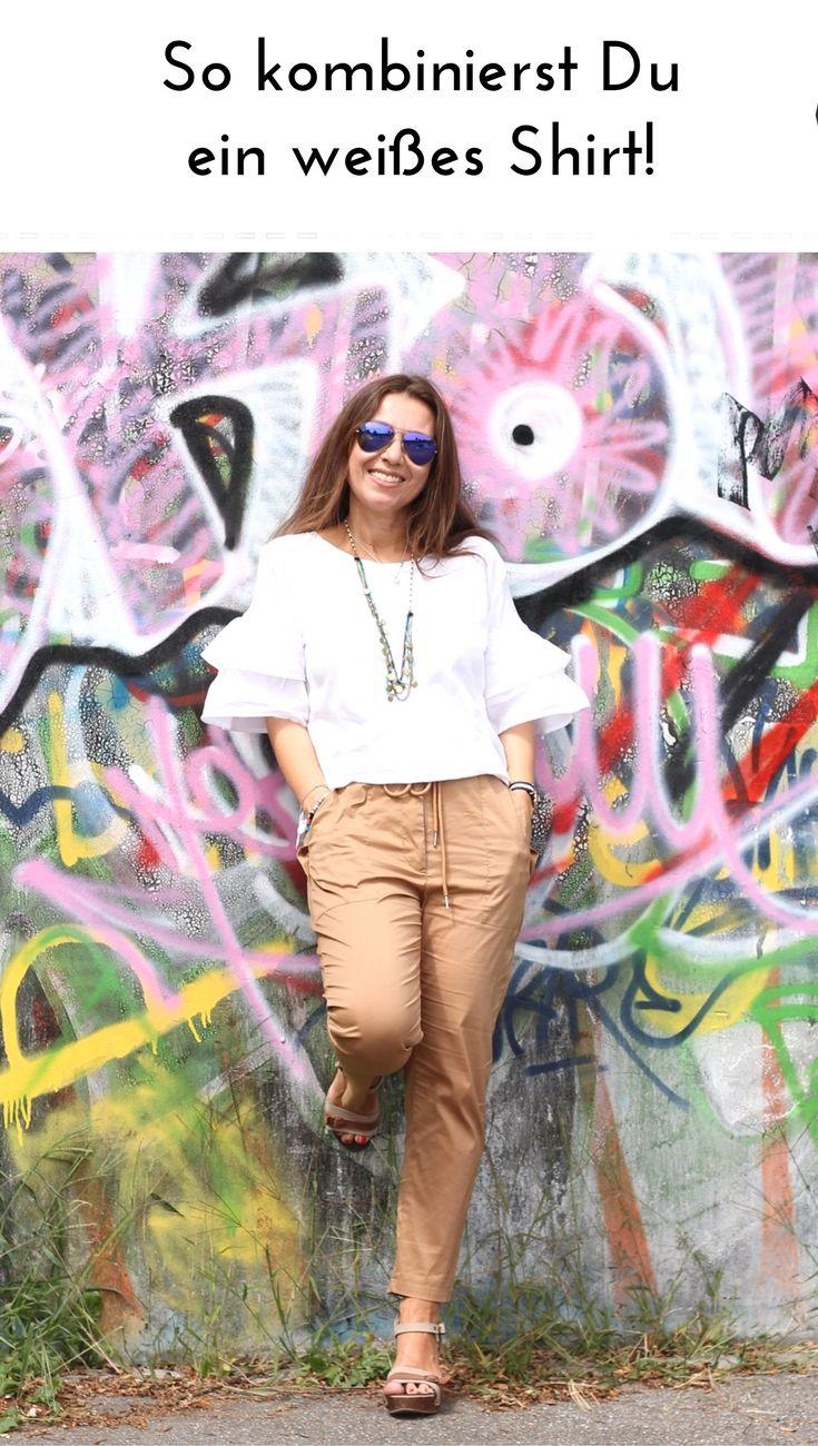 Weisse Shirts sind mein Sommer Must-Have. Wie ich das Shirt mit Volantärmeln style, zeige ich hier mit meinem H&M Haul.  Das perfekte Outfit für alle Gelegenheiten.  Streetstyle für Damen über 40 . Das ganze Outfit auf meinem Blog.