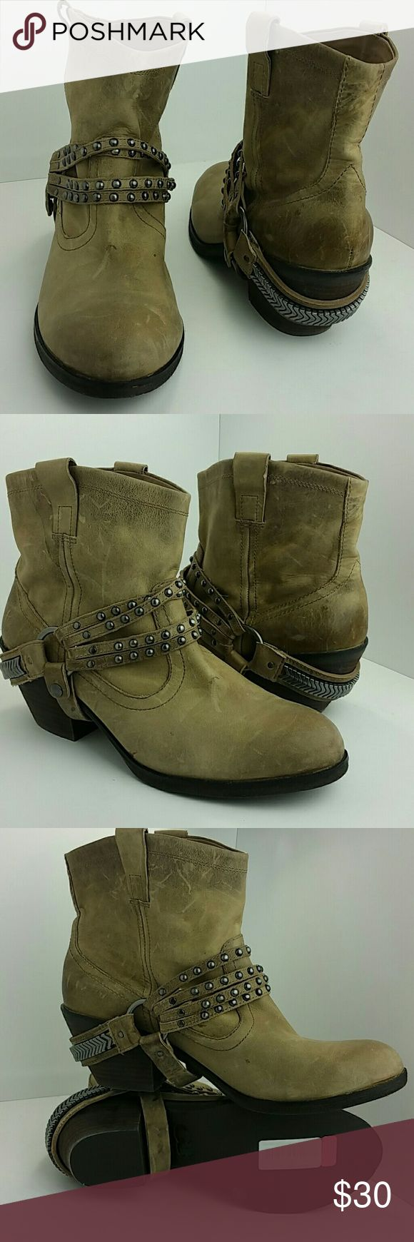 GIANNI BINI BOOTIE VERY CLEAN INSIDE-OUT   SKE # KM7 Gianni Bini Shoes Ankle Boots & Booties