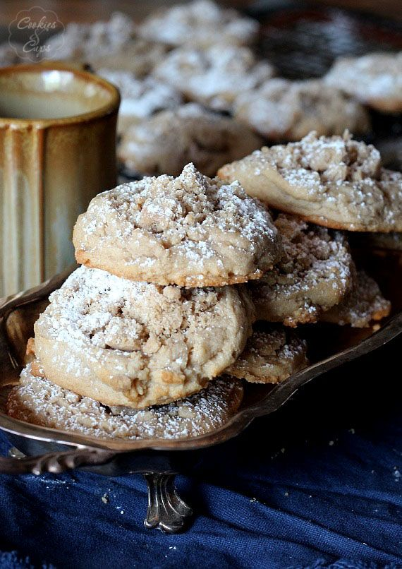 Coffee Cake Cookies by Cookies & Cups -with heaps of crumb topping, these are amazing and easy cookies, give them a try!