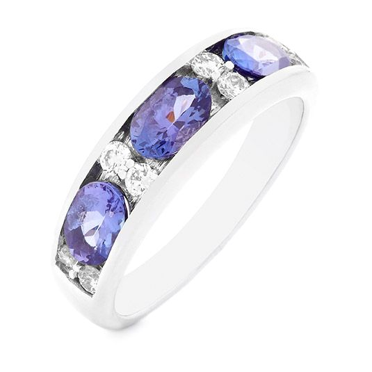18 carat white gold diamond and tanzanite ring