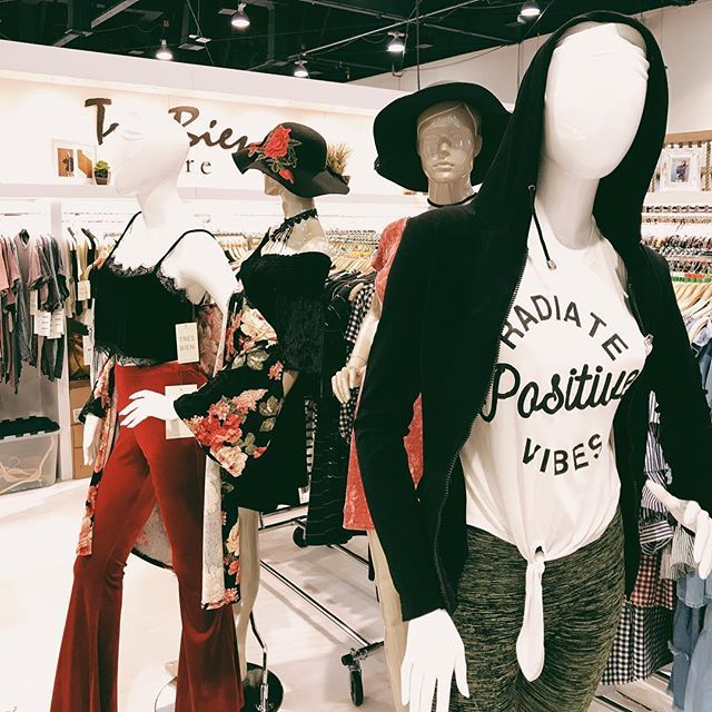 Radiating positive vibes as we finish up setting up for #wwdmagic! ❤️ booth no. 70308! 🖤