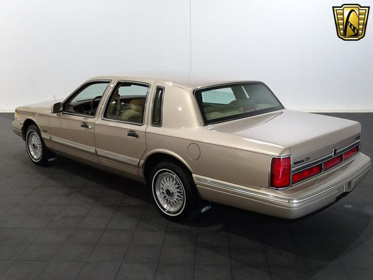 1997 Lincoln Town Car | Gateway Classic Cars | 1200