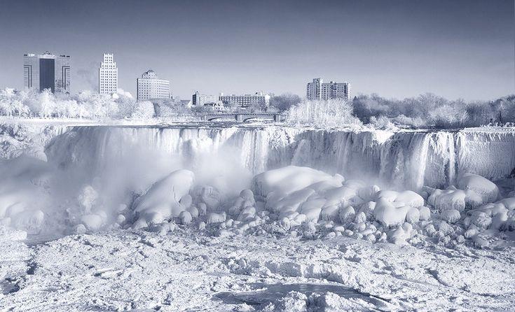 500px / Blog / 20 Spectacular Images of Frozen Niagara Falls