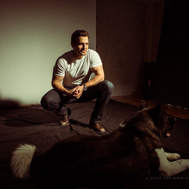 How awesome is this image of Henry Cavill with his beautiful dog, Kal? Check out the great interview with photographer @felix.aaa on our site now. #henrycavill #batmanvsuperman #superman #giftedartist #talent #justiceleague