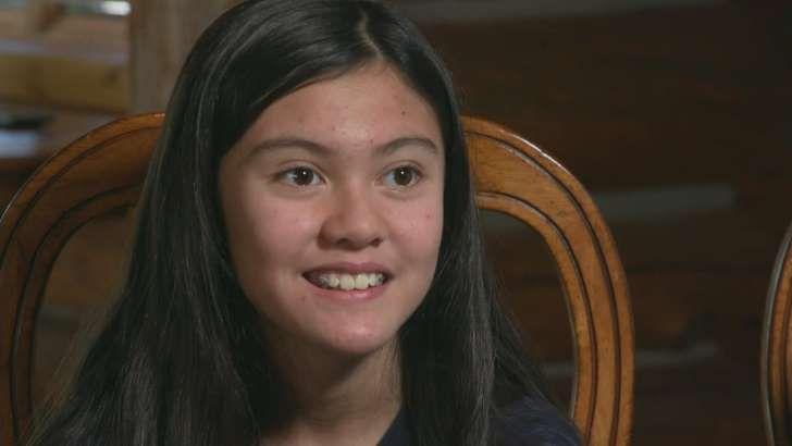 Agnes Monica smiling for the camera: Alexis Bortell, 12