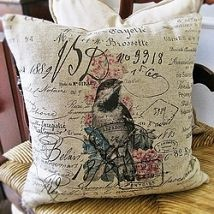 Pretty, DIY French Script Bird Pillows! See the simple way to do it here!