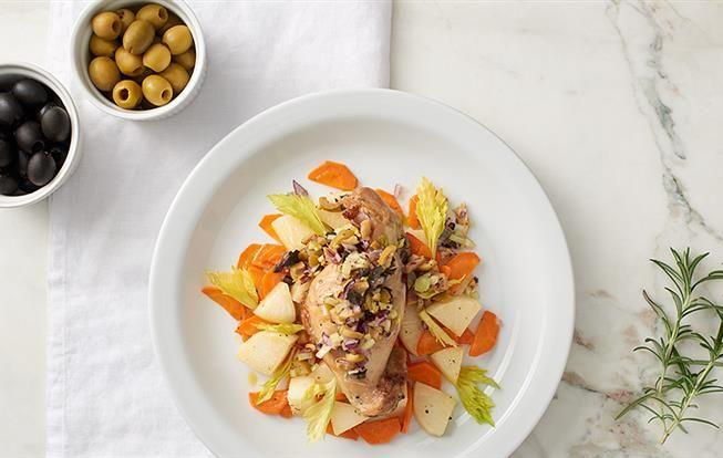 Konfitovaný králik s olivovou salsou