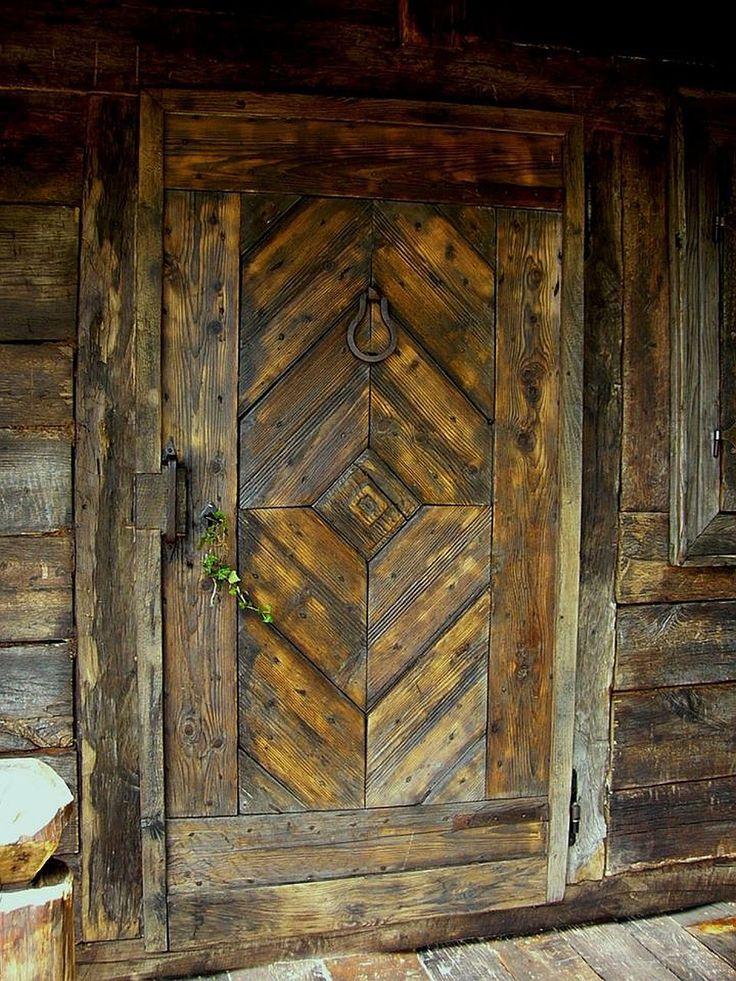 adelaparvu.com despre case din lemn vechi, mester Danut Hotea, case rustice din lemn (28)