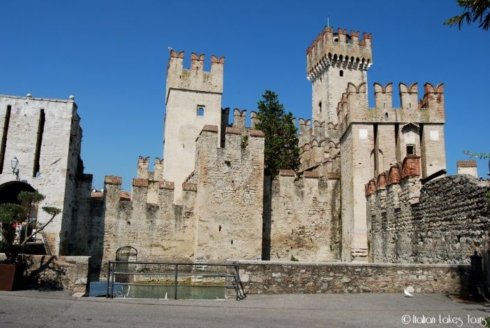 http://www.italianlakestours.com/la-rocca-scaligera-di-sirmione/ #sirmione #roccascaligera #travel