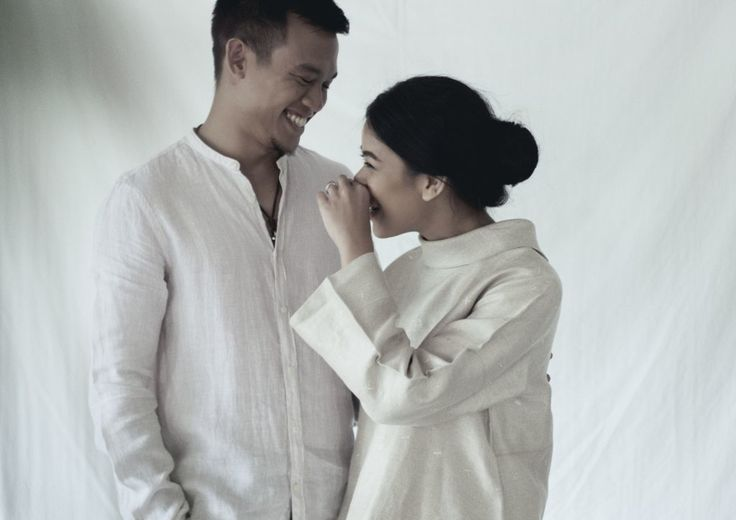 Traditional Meets Contemporary In One Engagement Album - 005