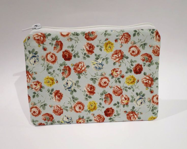 Zip Purse, Handbag Organiser, Bag Tidy, Keep Small Essential Items Together in Your Bag,Floral Purse, Green Flower Purse, Cotton Purse by RachelMadeBoutique on Etsy https://www.etsy.com/listing/271860920/zip-purse-handbag-organiser-bag-tidy