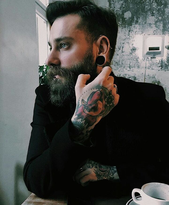 "1,790 mentions J'aime, 10 commentaires - Beardsandinks (@stylish_beards_and_inks) sur Instagram : ""Great shot Double tap for more beard pictures _ #Beardedman #Beardedface #beardgang…"""