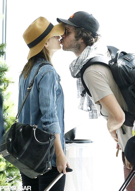 Adam Brody and Leighton Meester, too cute!