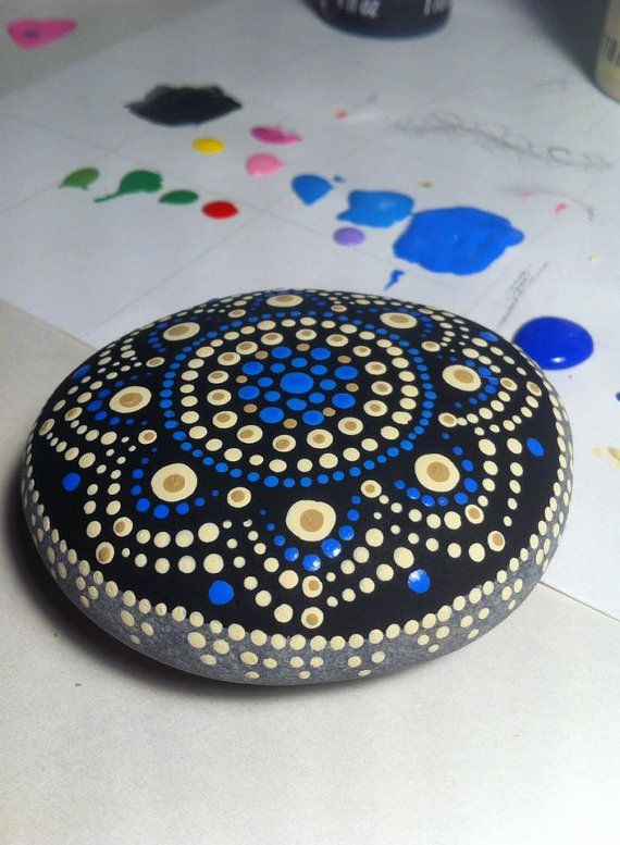 Pierre Mandala painted hand - Jewel Drop hand painted Mandala stone