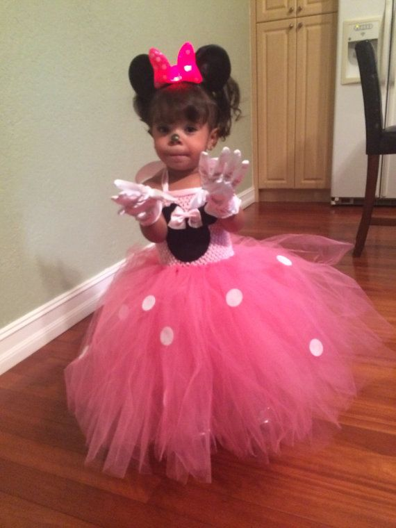 1st birthday Minnie Mouse outfit with by Divastutusboutique