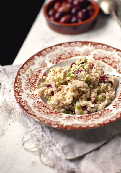 Salade de riz brun au thon & olives noires - Recette | Trois fois par jour