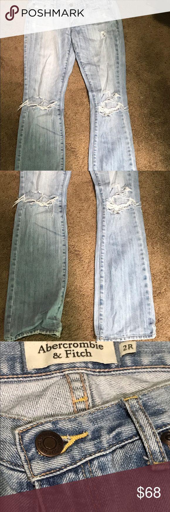 Light Wash Bootcut Abercrombie Jeans Light wash, ripped Abercrombie denim jeans Abercrombie & Fitch Jeans Boot Cut