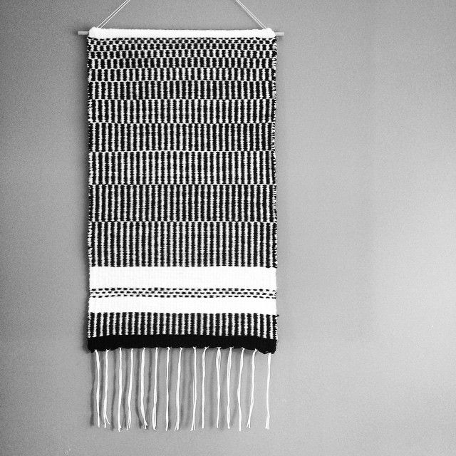 New black&white friend  #weaving #tapestry #loom #handmade #craft #weaveweird #tkanie #gobelin