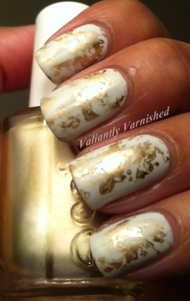 Valiantly Varnished: Gold Foil Saran Wrap Mani...Sort of: Plastic Bags, Nails Art, Suggestions Wraps, Hot Nails, Fun Nails, Nails Polish, Wraps Mani Sorting, Boyfriends Scale, Gold Foil Wraps