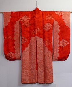 Kimono Wall Hanging! Need to hang mine up one of these days