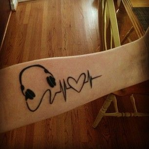 """Music makes my heartbeat. Truth. My favorite tattoo I've gotten so far."" | 26 Inspiring Tattoos All Music Lovers Will Appreciate"