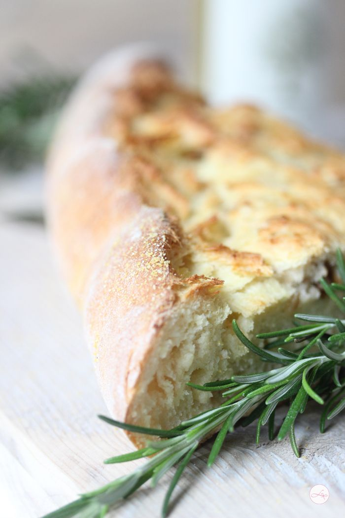 Walnuss Kartoffel Brot potato bread with walnuts and rosemary looks great