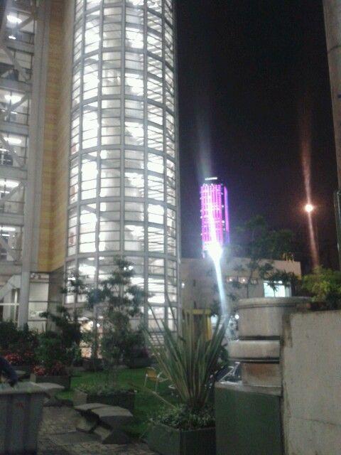 UJTL y torre Colpatria
