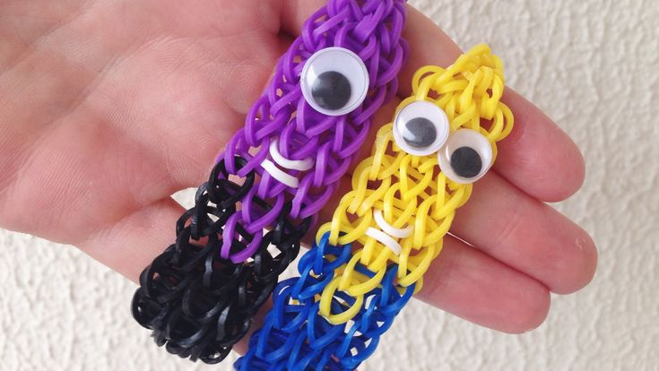 Como fazer pulseiras de elástico: Pulseira dos Minions #LoomBands (sem tear) Minion Bracelet