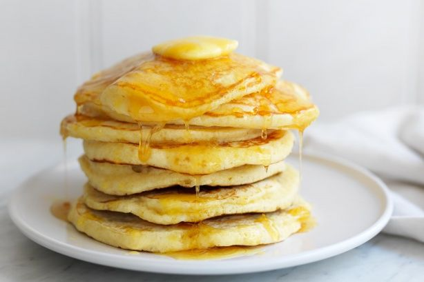 American hotcakes - Make breakfast a special occasion with these American-style hotcakes
