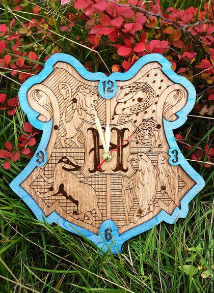 Часы для дома ручной работы. Ярмарка Мастеров - ручная работа. Купить Часы настенные Герб Хогвартса (Гарри Поттер) I. Handmade.