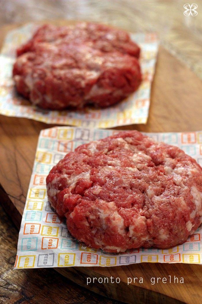 hamburguer-pronto-para-a-grelha-ou-chapa-(leticia-massula-para-cozinha-da-matilde)