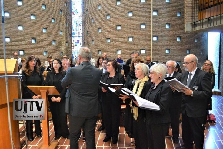 Successo Coro di Norcia nella rassegna corale di Collevalenza dedica a Madre Speranza