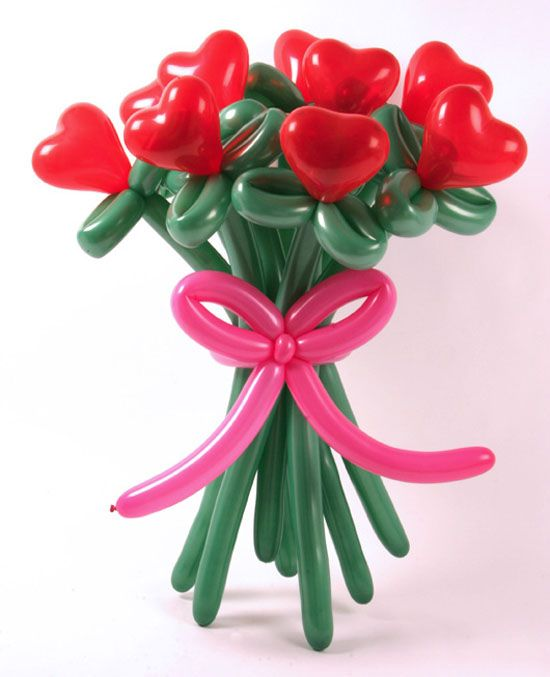 Making flower bouquets of balloons is one of unique Valentines Day ideas that are simple and impressive. A flower bouquet, made of red, pink and green balloons, look gorgeous, offering a nice way to c