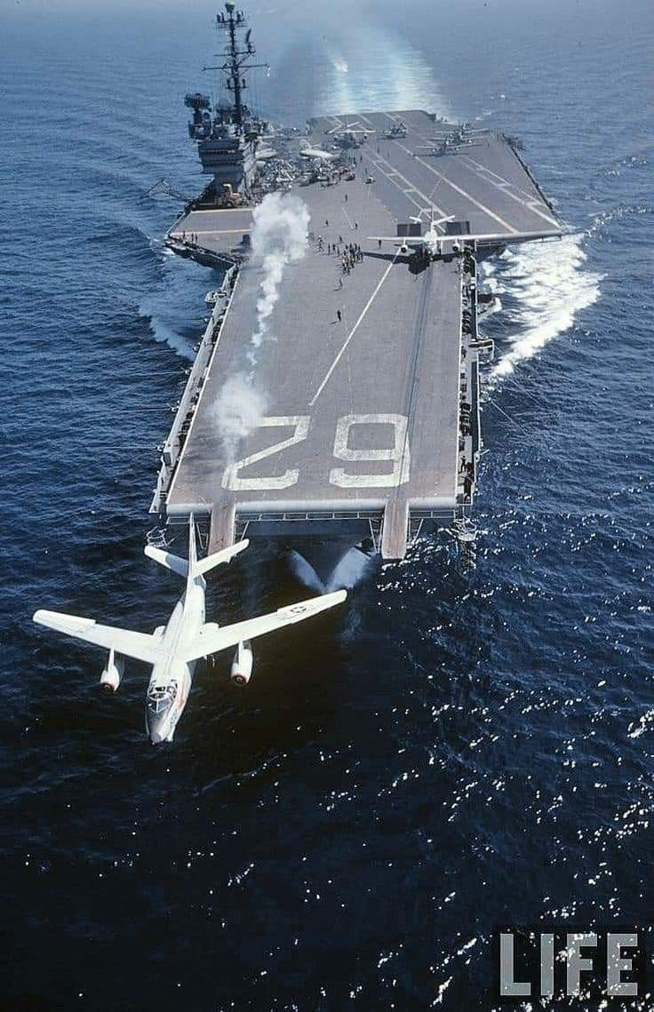 Pin By Claunch Ted On Navy In 2020 Navy Aircraft Carrier Us Navy Ships Military Aircraft