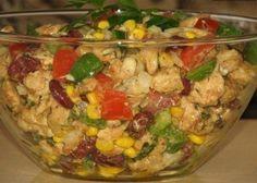 Ma egy nagyon ízletes saláta receptjét hoztuk el nektek, amely könnyen elkészíthető. Ehhez a salátához majonéz helyett, pikáns szószt használunk, ezért sokan kedvelik. Mivel ez[...]