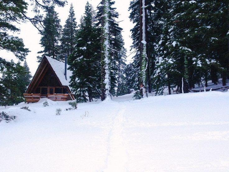 10 Cozy Lake Tahoe Cabins to Rent This Winter - Bon Traveler