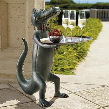Belvedere alligator table bar accessories backyard and for Alligator lawn decoration