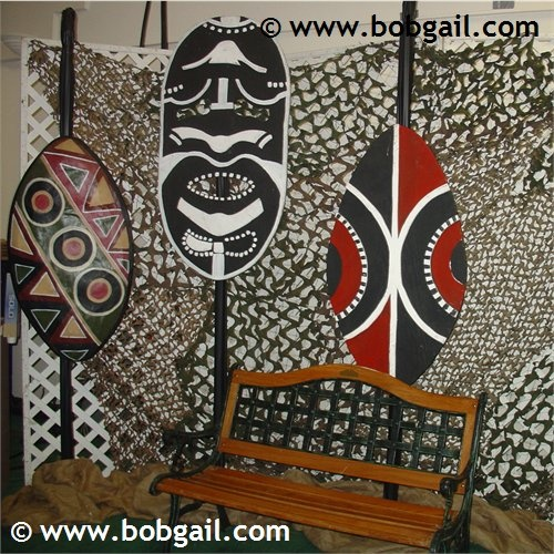 Props for african themed party african themed family for African themed decorating ideas