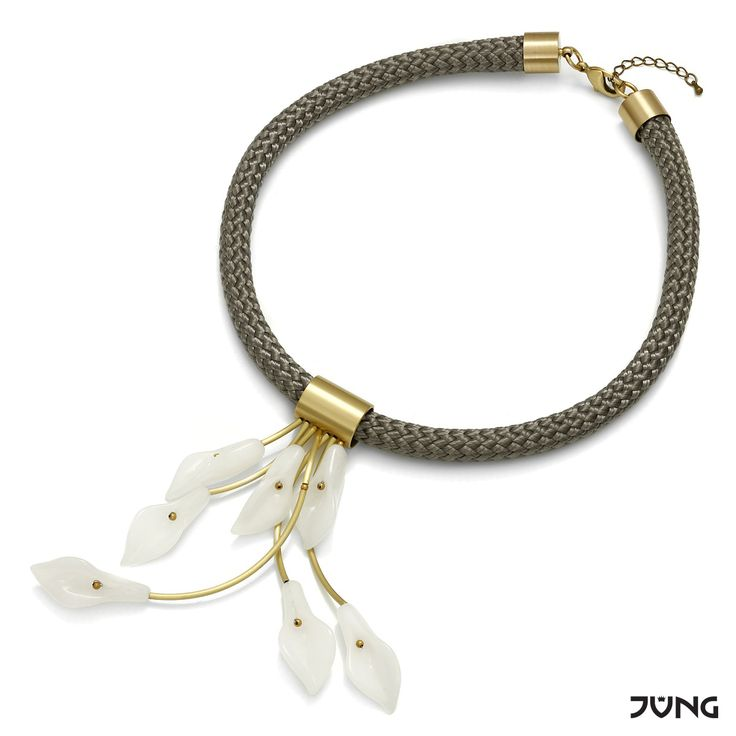 necklace with white jade