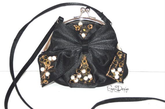 Hey, I found this really awesome Etsy listing at https://www.etsy.com/listing/475021580/evening-silk-black-purse-black-clutch