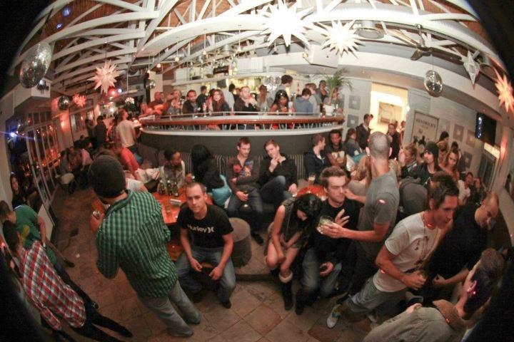 Long Live Sapphire Bar!