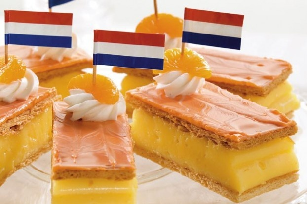 Orange cake (''tompouce'' in Dutch) on King's day. Love it! #dutch #food #koningsdag