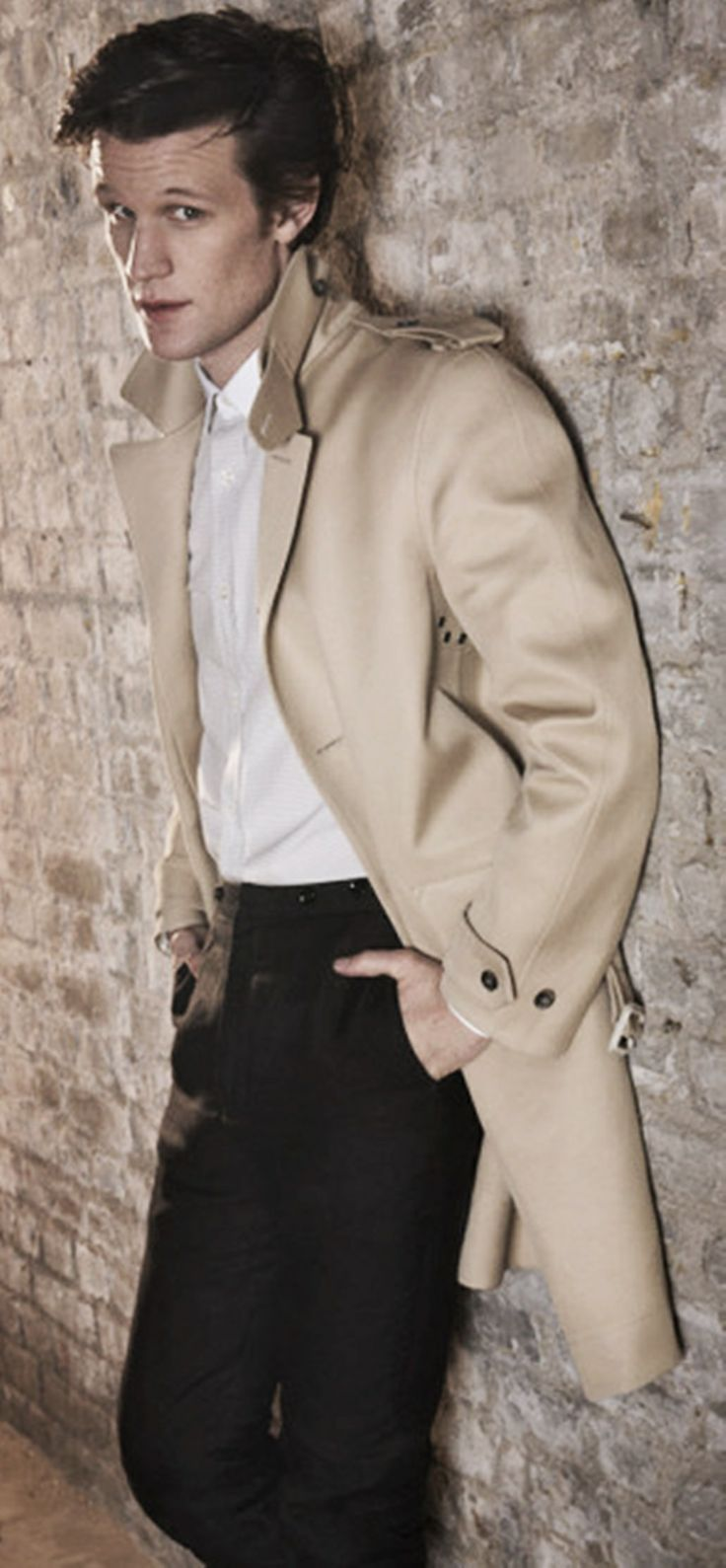 Wonderful male portrait pose, beautifully demonstrated by Mr. Matt Smith.