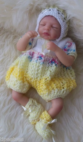 HAND KNITTED DOLL/REBORN 10/12ins Romper Set   eBay. Approx: £10