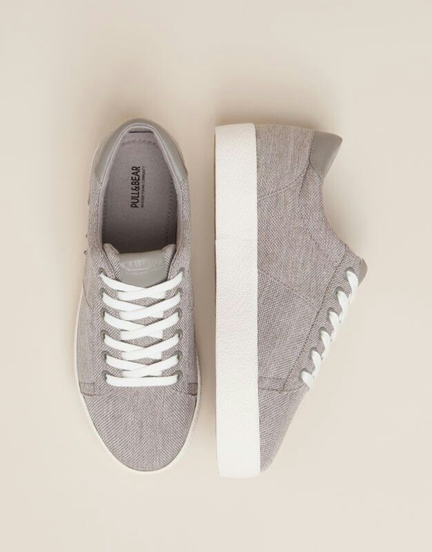 http://www.pullandbear.com/m/es/en/woman/sale/favourites/collage-plimsolls-c1010131045p100289032.html?colorId=004&forSales=true&isMobile=true