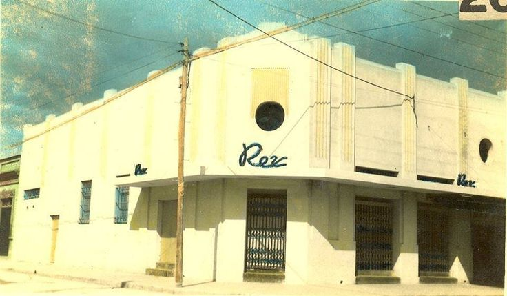 Cine Rex,año 1947,Manzanillo.