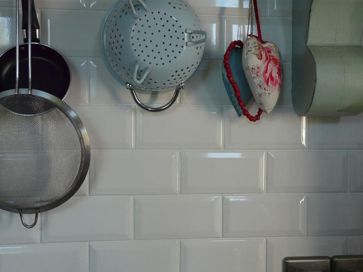 White Bevelled Edge Metro/ Subway Tiles.