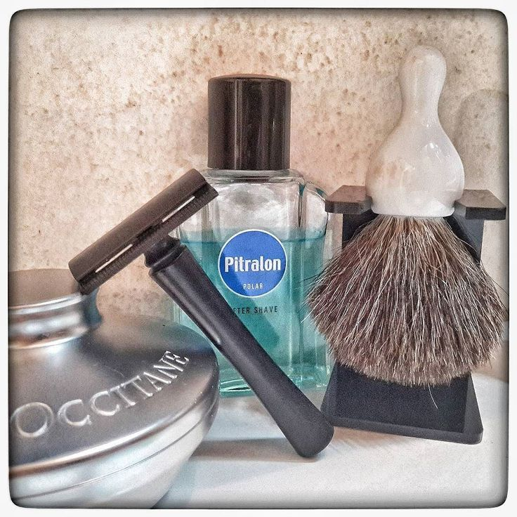 November 30th 2016 - Shave of the day #Agioco safety razor  #Treet carbon black blade  #lOccitane shaving soap  #Pitralon #Polar #aftershave  #Agioco #vintage pure #badger #brush  #shavelikeaman #shaveoftheday #blaireau  #shavingculture #sotd #classicshave #derazor #vintageshave #wetshaving #worldshave #safetyrazor #italianwetshavers #rasierhobel  #rasaturatradizionale #thebarberpole #afeitado